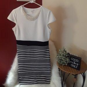 Dresses & Skirts - Two tone dress- Smoke Free Home